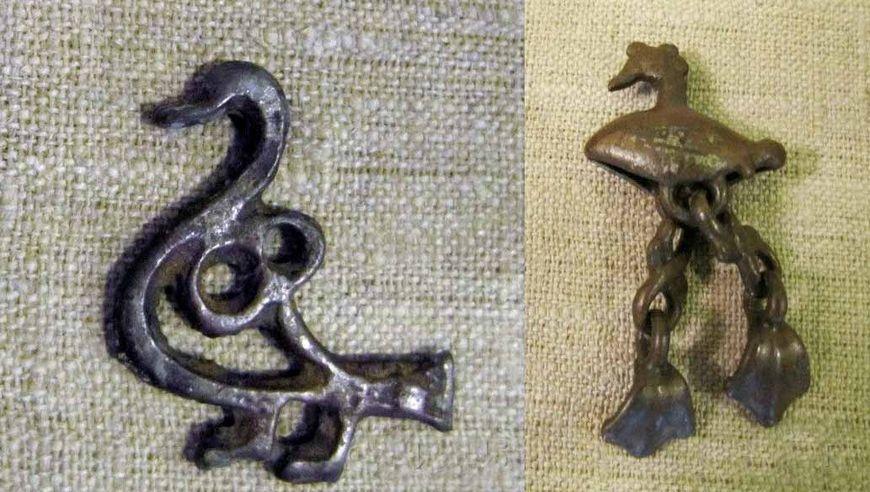 Кованые фигурки лебедей